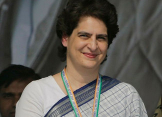 1,000 buses for migrants: Priyanka Gandhi's secy booked by UP govt